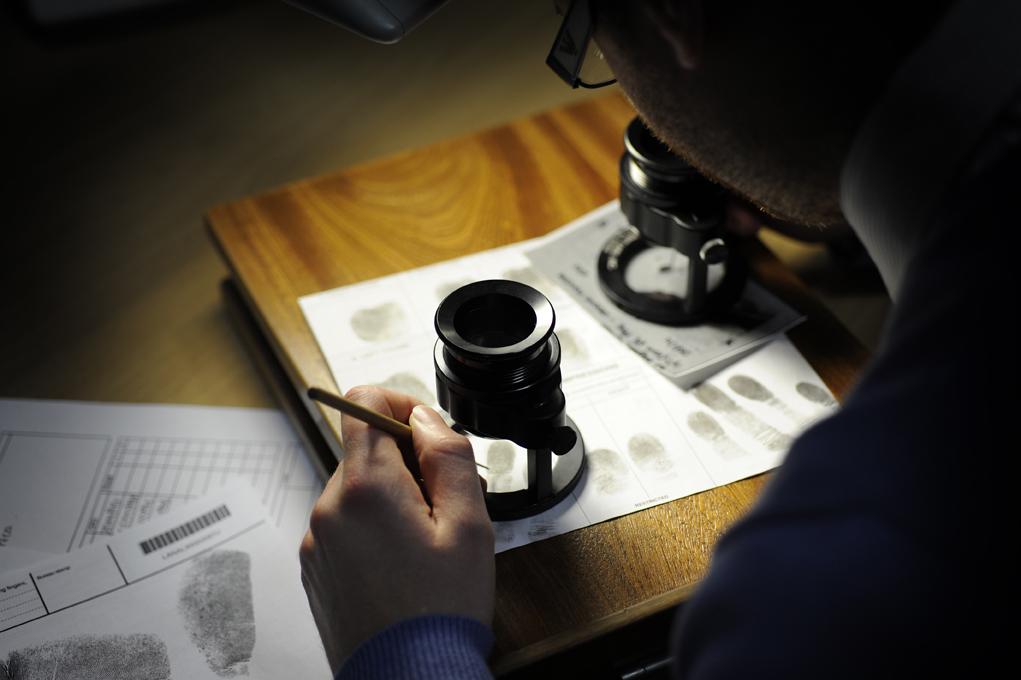 essays on crime scene investigation